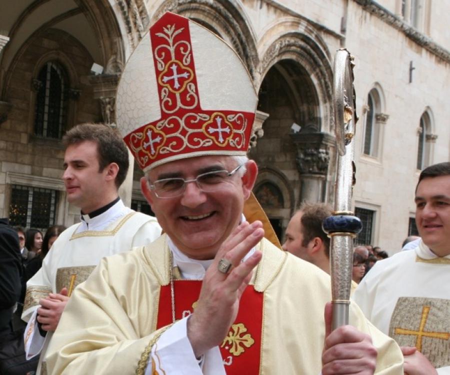 http://www.dubrovacka-biskupija.hr/portal/media/k2/items/cache/0d1fd34f22c9730e91eb5170fbddc114_XL.jpg